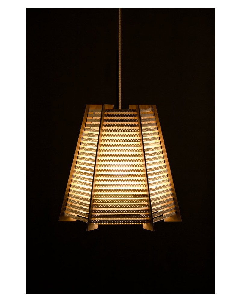 Triángulo - CINTES - Recycled Lighting